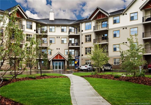 100 Lakeway Boulevard, 2 bed, 2 bath, at $229,900