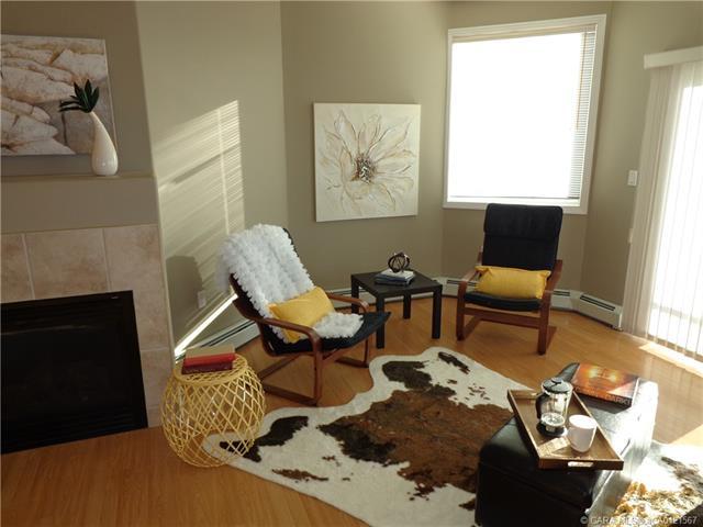 5217 39 Street, 2 bed, 2 bath, at $206,500