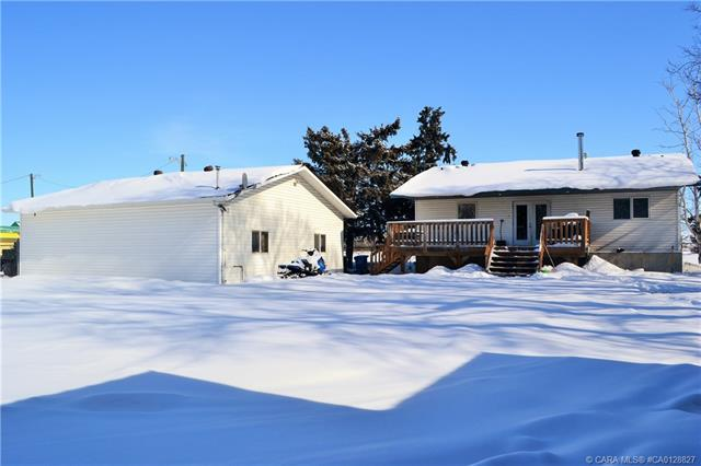 1820 Edmonton Trail, 2 bed, 3 bath, at $439,900