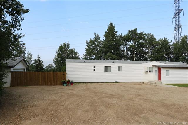 41512 Range Road 255, 3 bed, 2 bath, at $325,000