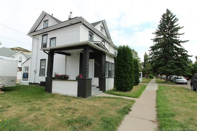 5401 48 Avenue, 2 bed, 2 bath, at $399,900