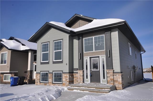 6 Aurora Heights Boulevard, 2 bed, 2 bath, at $327,911