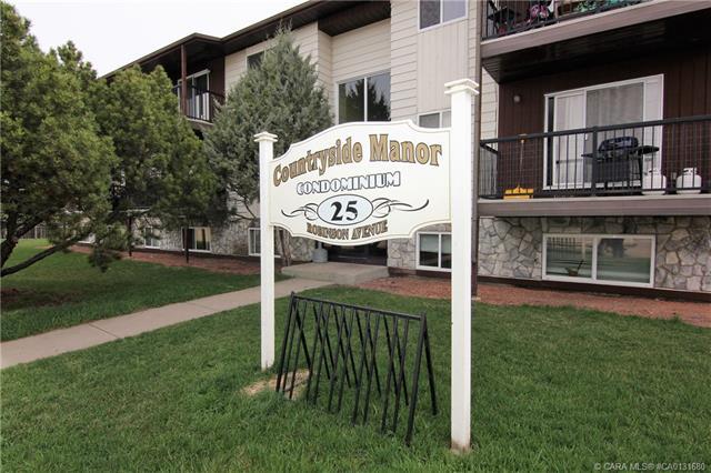 25 Robinson Avenue, 2 bed, 1 bath, at $99,500