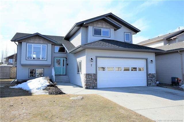 7 Lincoln Street, 4 bed, 3 bath, at $399,999