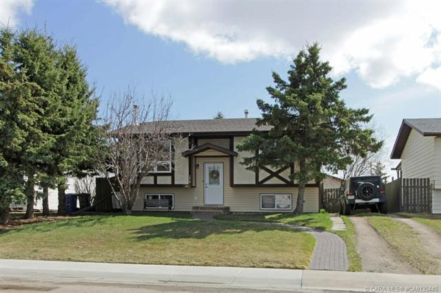 179 Dundee Crescent, 3 bed, 1 bath, at $254,900